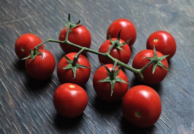 томат черри красная шапочка